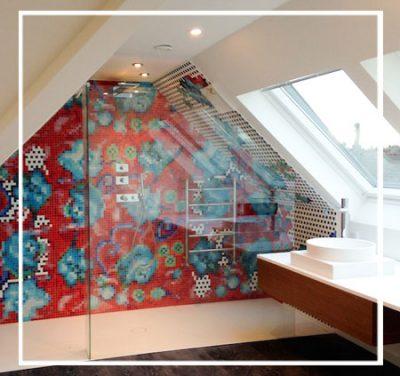 Aménagement des combles d'une maison avec création d'une douche à l'italienne xxl «sous les toits»